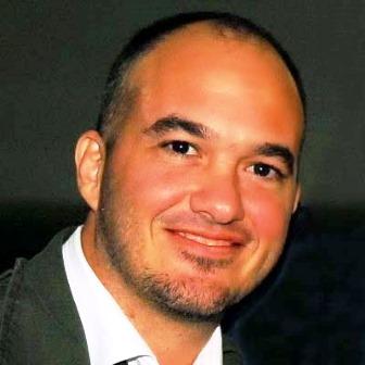 Alexandre Pessoal era músico e foi apresentador da VASCOTV